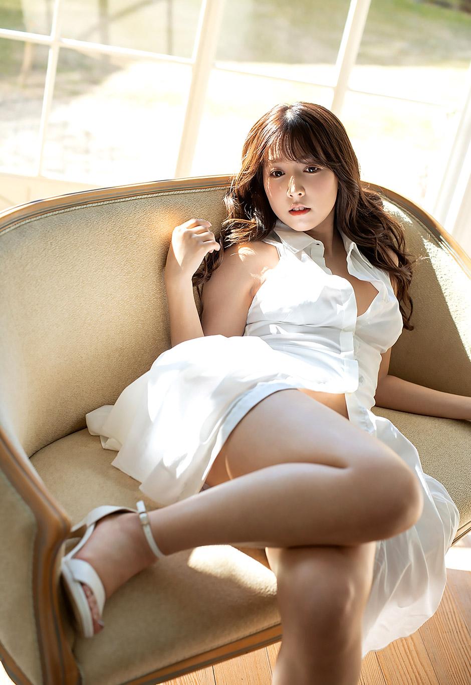 Mikami Yua sexy