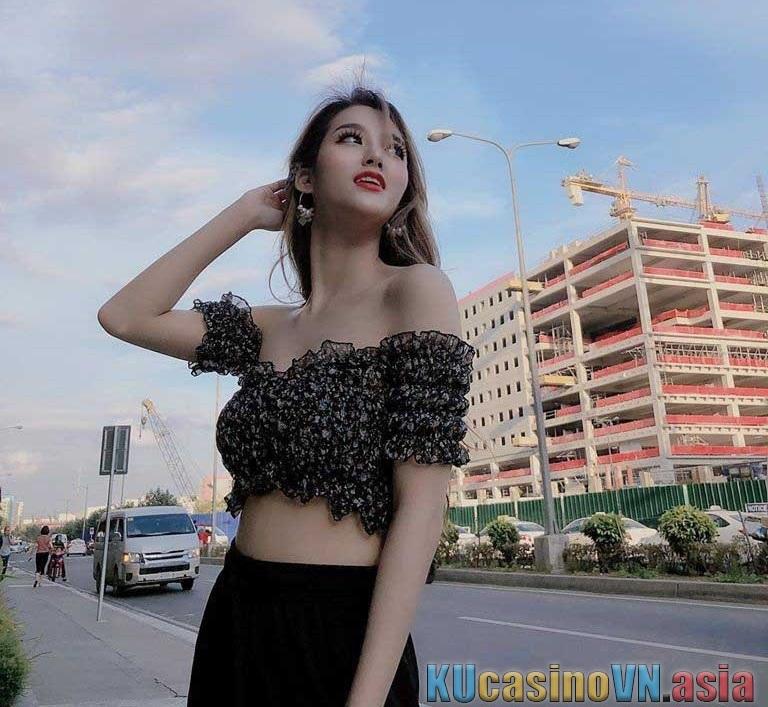 ku mc Kina dạo phố