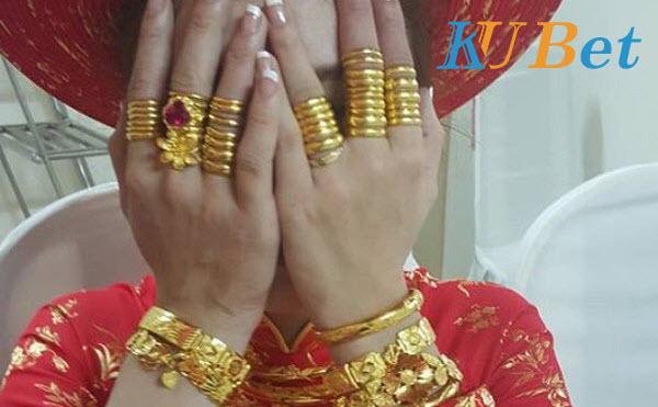 Đám cưới bằng vàng