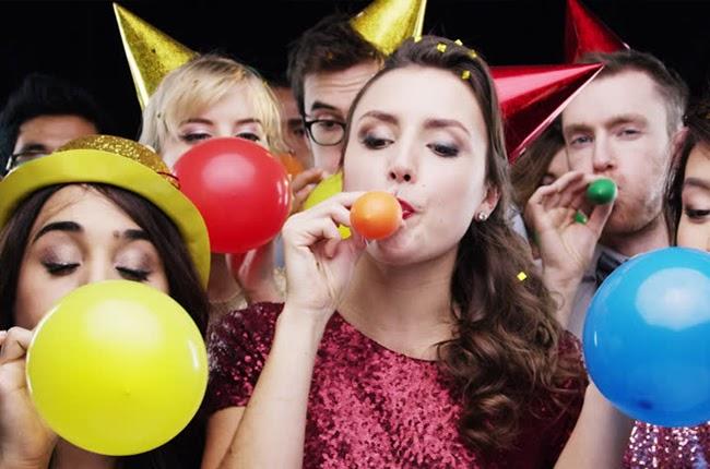 Mỗi giấc mơ về một bữa tiệc đều có điềm báo khác nhau