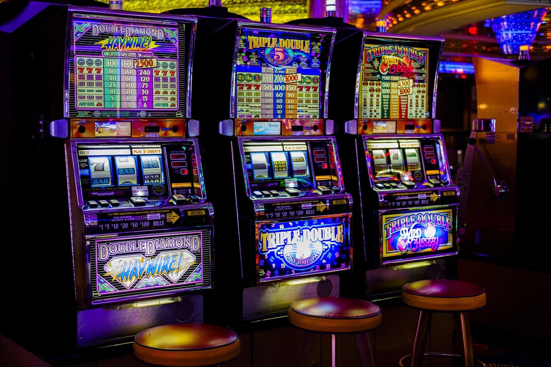 Máy đánh bạc-Trò chơi đánh bạc