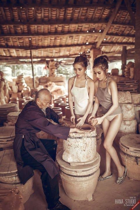 Hình ảnh Lão Hạc và hai Thôn nữ