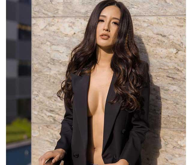 lon mai phuong thuy-Hoa hậu Hyundai không ngại buông tay