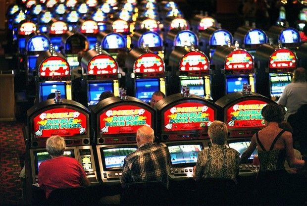 Máy đánh bạc