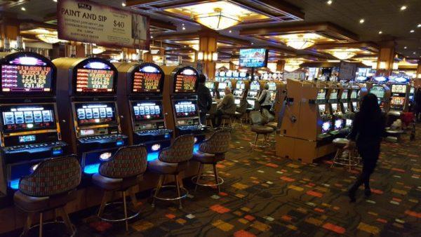 Máy đánh bạc La
