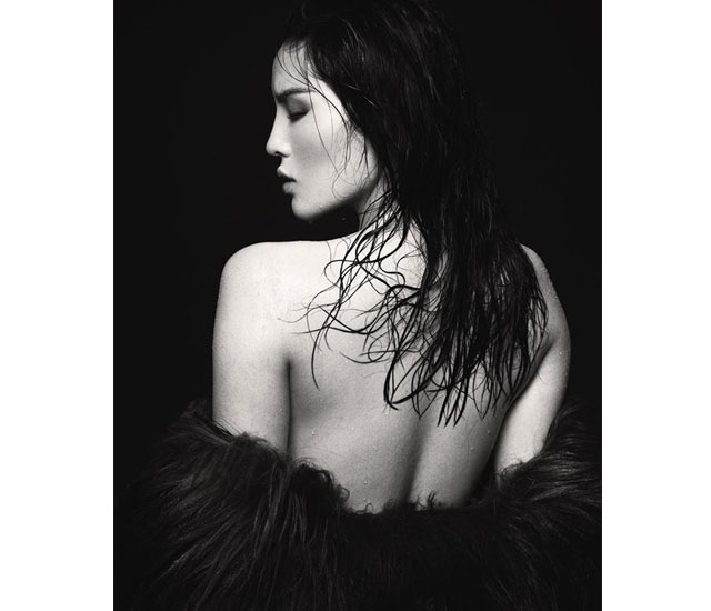 nguyen cao ky duyen lo hang-beauty khoe vai trần hờ hững trong bộ ảnh bán nude