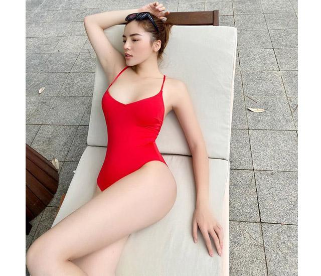 Nguyen ky duyen bikini-3 vòng hoàn hảo cùng làn da trắng nõn nà của Kỳ Duyên