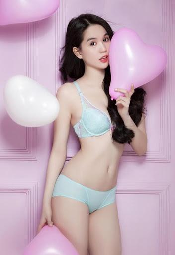 Gái Xinh Mặc Bikini Nóng Bỏng