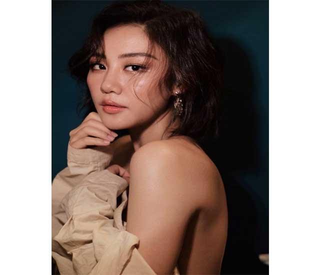 van mai huong nude - Văn Mai Hương với bộ cánh không nội y