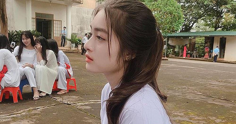 Nữ sinh Chen Fu