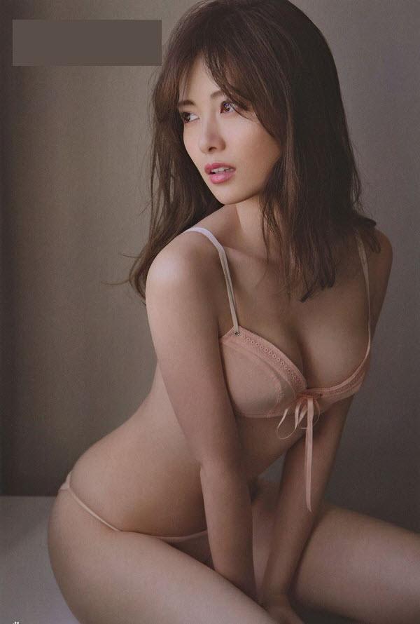 Mai Shiraishi JAV