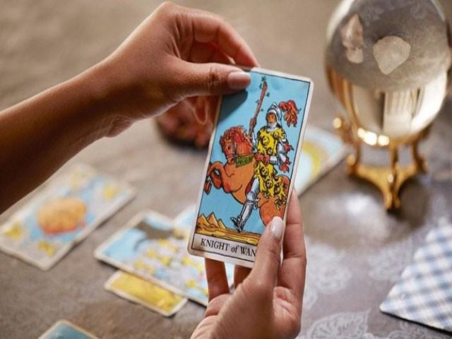 Ý nghĩa ẩn sâu trong hình ảnh trên mỗi tấm thẻ