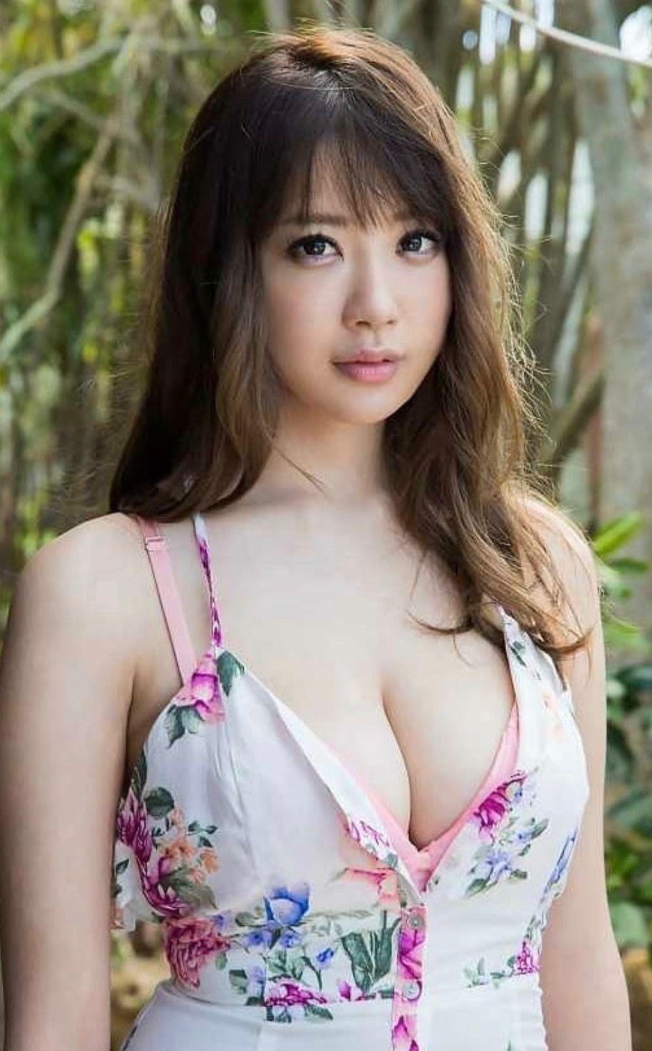 Nữ diễn viên trưởng thành sexy Shion Utsunomiya / Rion