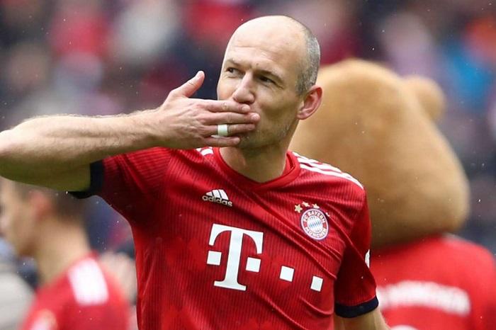 Tóm tắt sự nghiệp cầu thủ của Robben trước khi giải nghệ