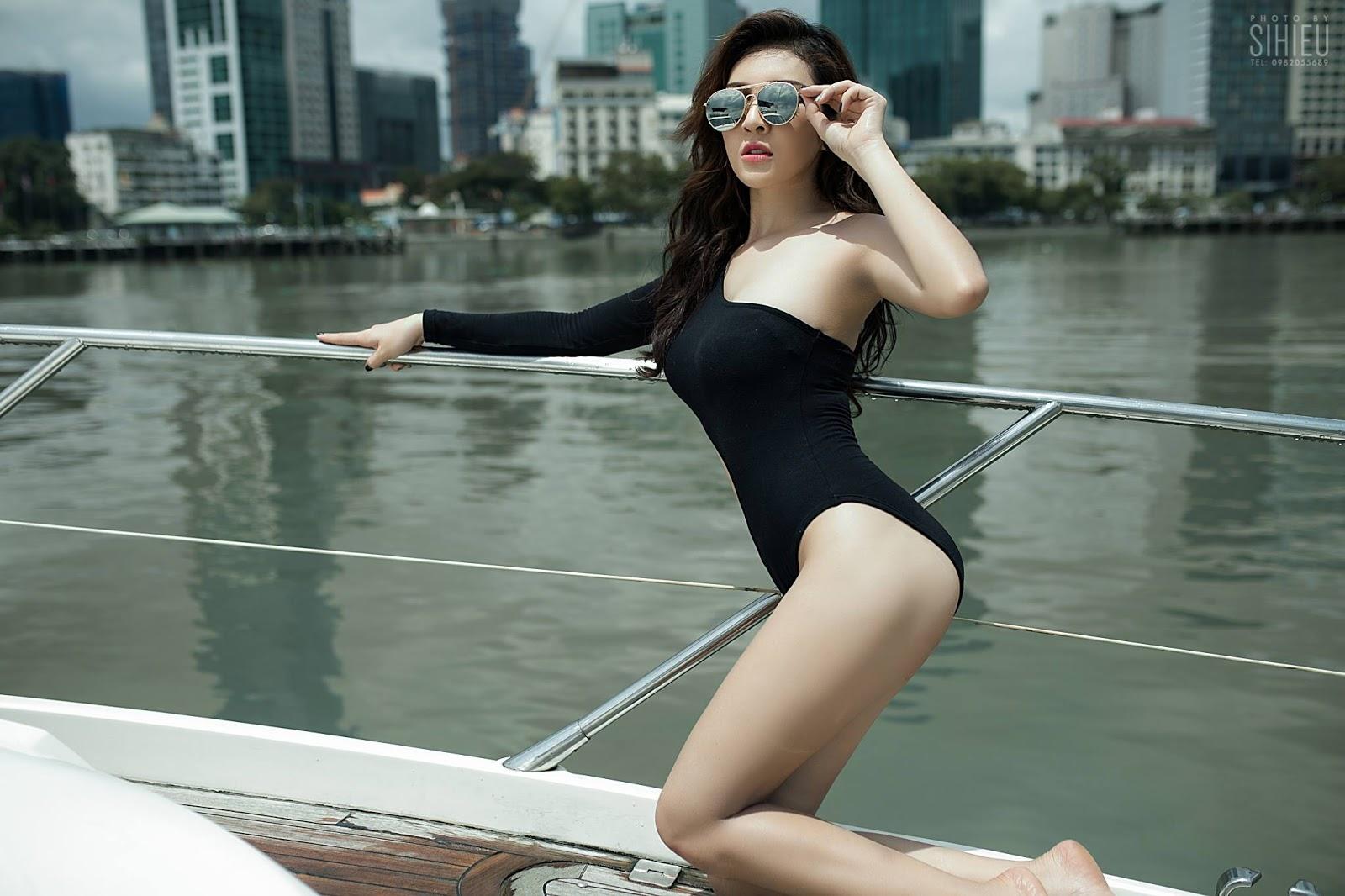 Hot girl du thuyền Thiên Hương 1
