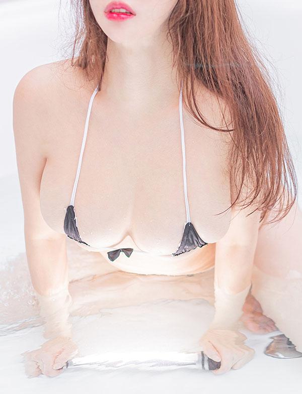 Gái xinh ngực bự 6